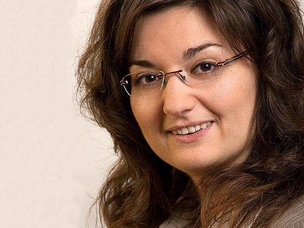 Prof Dr Katharina Hutter Chair Of Marketing